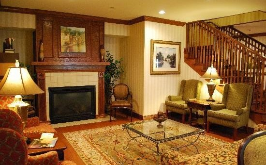 Country Inn & Suites - Bentonville South (Rogers, AR)