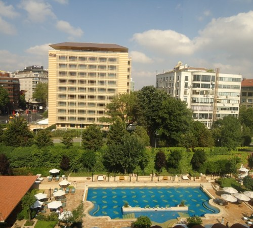 Grand Hyatt Istanbul Pool