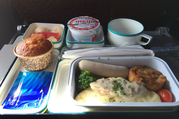 Breakfast onboard Garuda Indonesia Flight 841