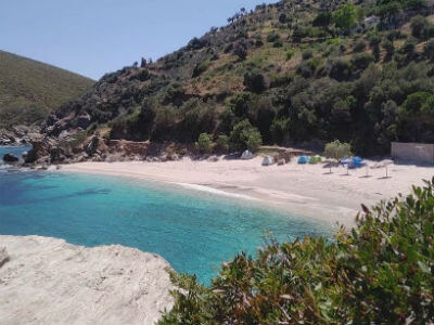 Kalamos Beach | Ios Beaches | Ios Greece | Best beaches in Greece | Manganari beach Ios | Ios Mylopotas beach | Yialos Beach | Koumbara Beach