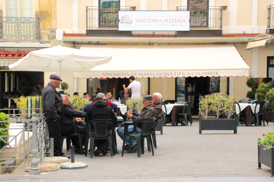 old men playing cards, south Italy, Gelato Italiano,