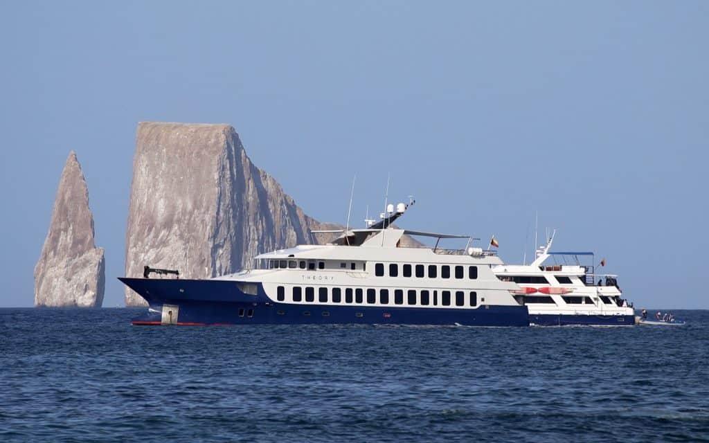 Galapagos cruise, Galapagos islands cruises, Galapagos islands cruise, Galapagos Luxury Cruise, Best Galapagos Cruise, Galapagos cruise ships, Galapagos cruise ship