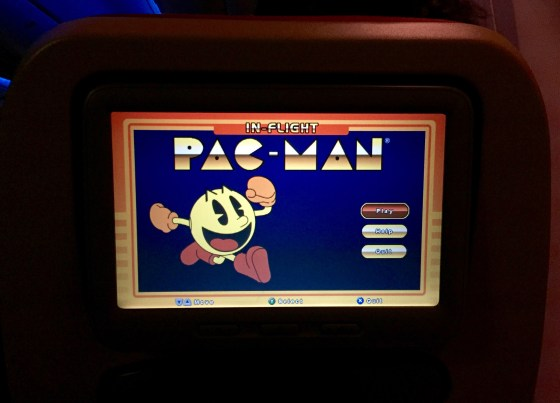 Funny enough, for the first time ever on IFE, I played a couple of the games with the back of the controller. Something that I've always seen and wondered who actually uses it. Well this flight, that was us!