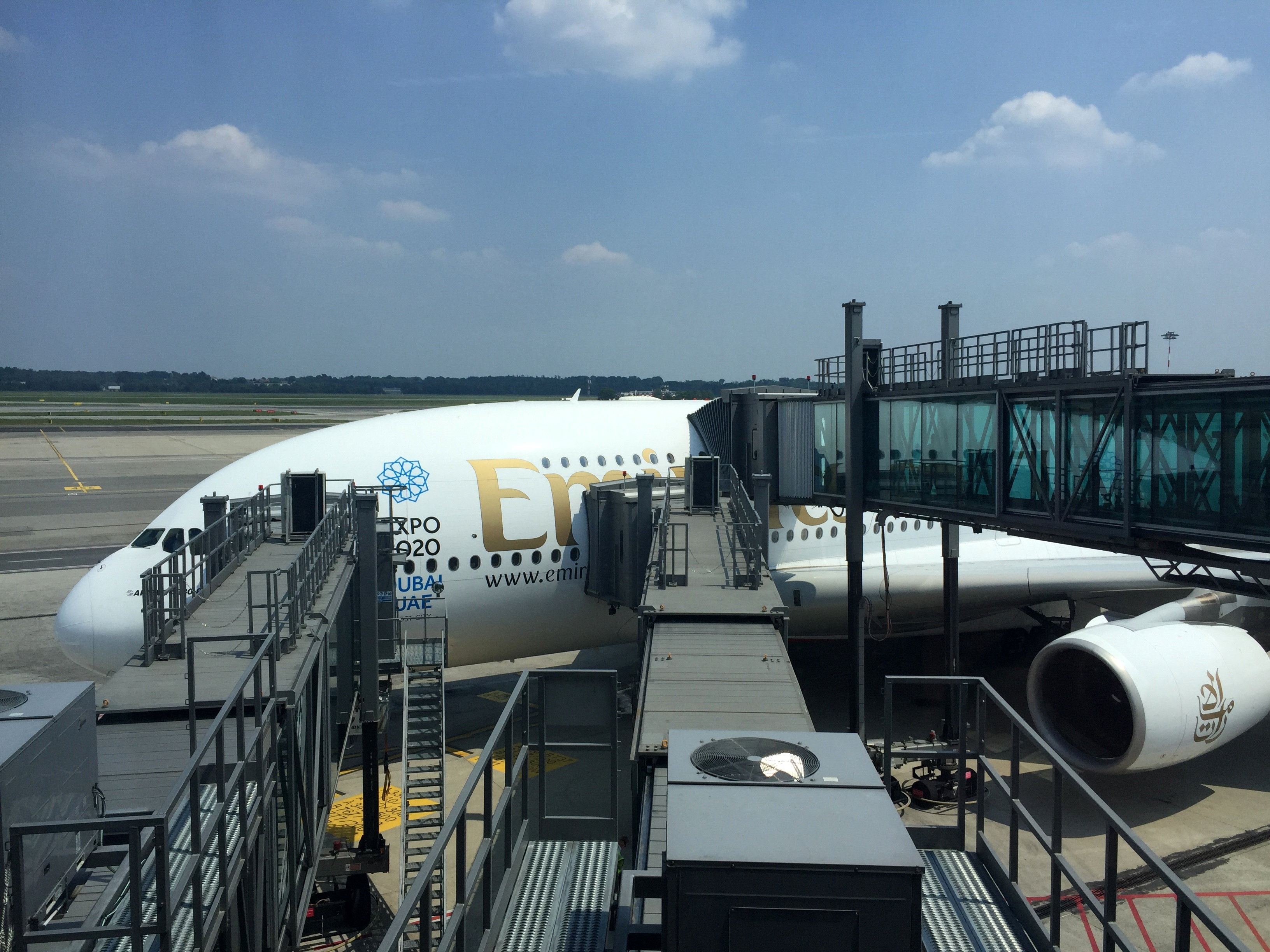 Flight Review: Emirates First Class A380 Milan (MXP) - Dubai