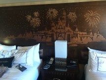 Disneyland Hotel Frontier Tower Adjoining Deluxe View