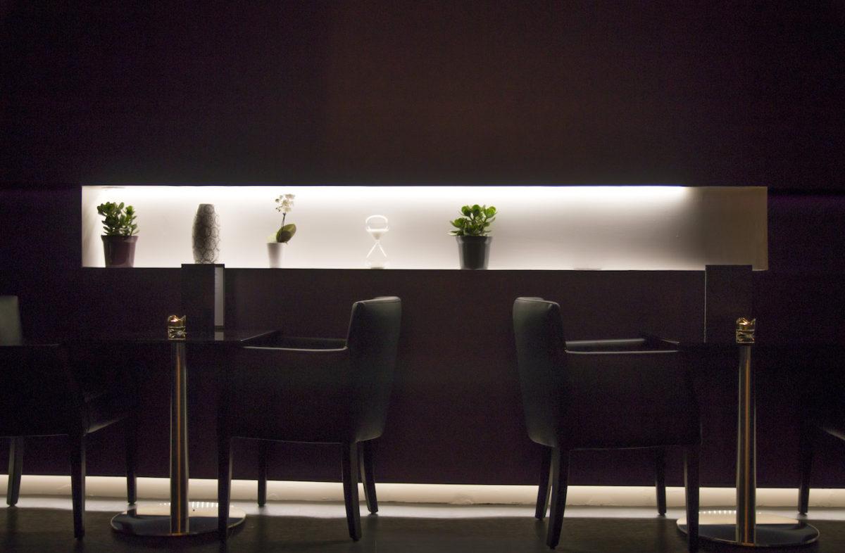 boire un verre l 39 intemporel bar onvasortir strasbourg. Black Bedroom Furniture Sets. Home Design Ideas