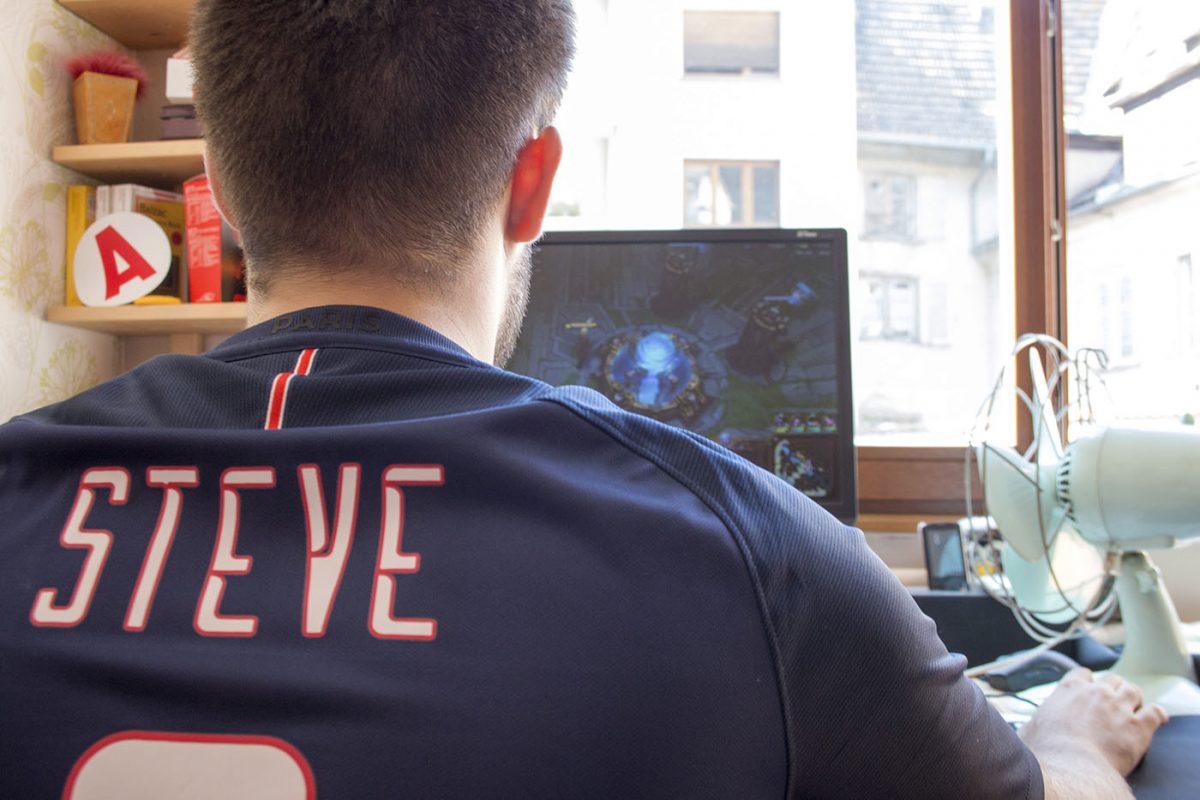 J'ai rencontré un Strasbourgeois qui gagne sa vie en jouant aux jeux-vidéo