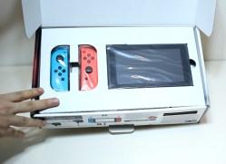 Unboxing-Nintendo-Switch-Pokemon-Millennium-03