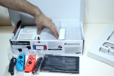 Unboxing-Nintendo-Switch-Pokemon-Millennium-05