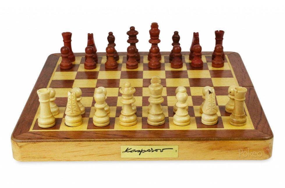 Jeu d'échecs Kasparov 29 cm