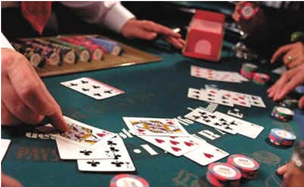 Texas holdem with one or two decks