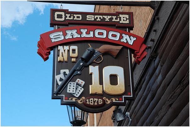 Saloon No 10