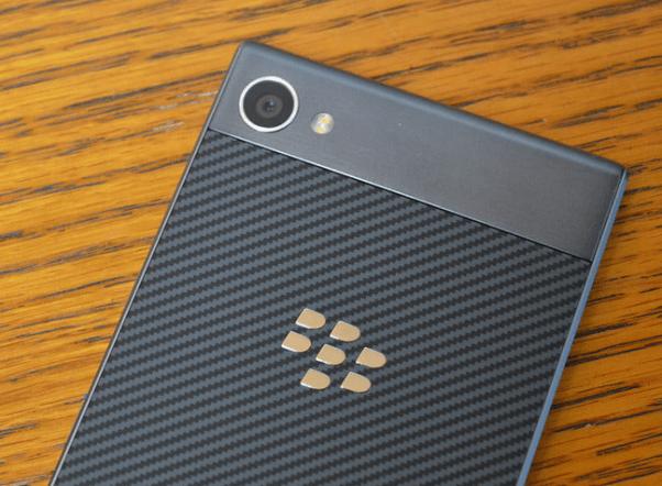 Camera in Blackberry Motion
