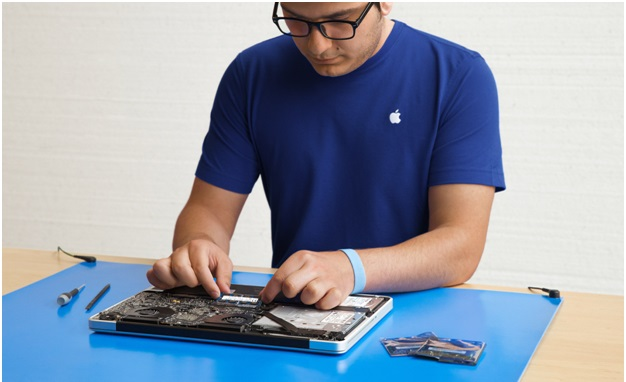 How to get an iPad repaired at the Apple store?
