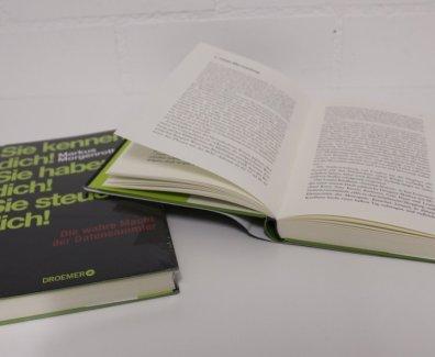 Buch «Sie kenne dich! Sie haben dich!  Sie steuern dich!» von Markus Morgenroth