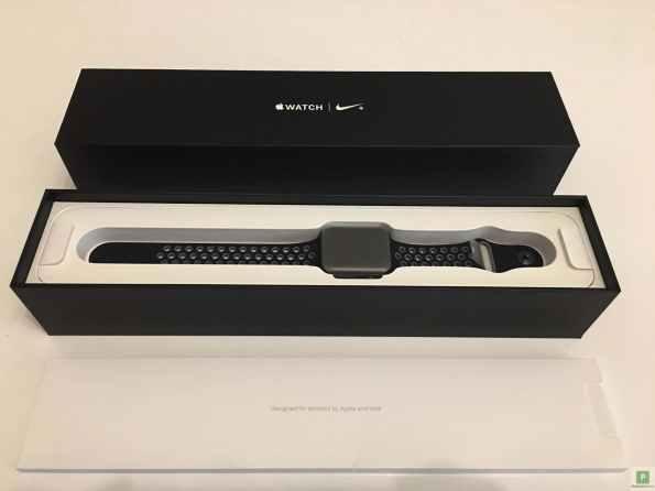 Apple Watch Serires 2 Nike+ Verpackung 2