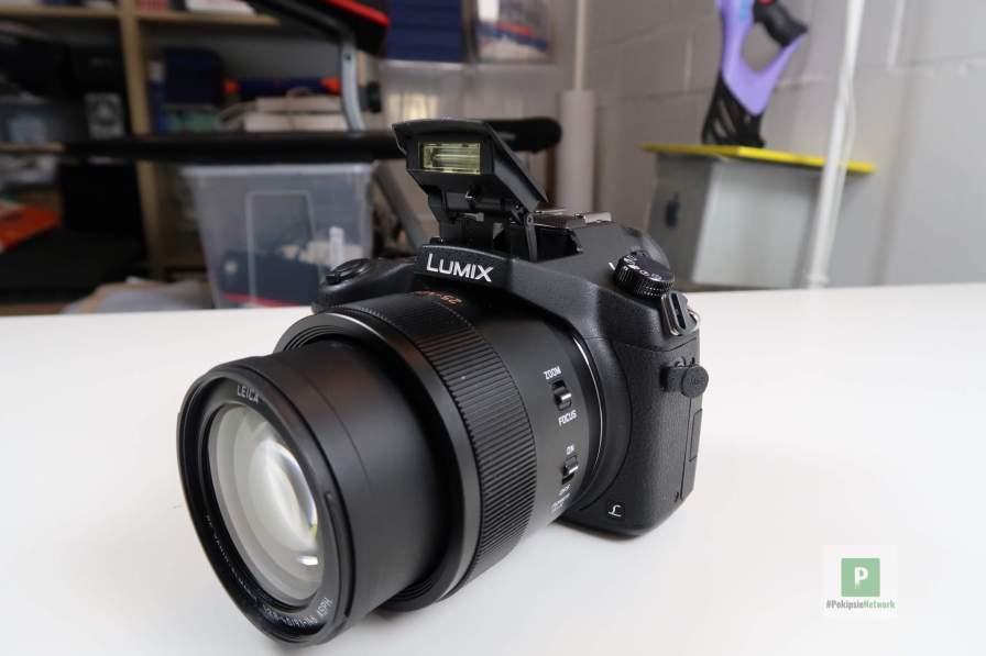 Die Kamera von der Seite