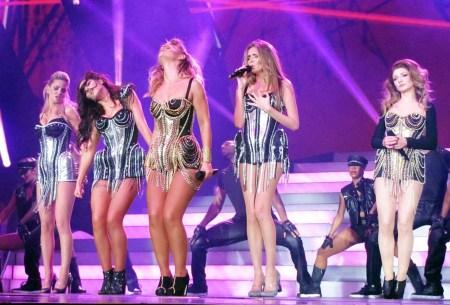 Girls Aloud, Ten Tour review