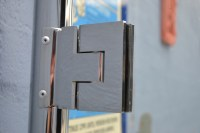 Door Hinges For Frameless Glass Pool Fencing Doors And ...