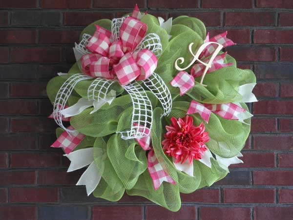 How to Make a Mesh Wreath? Step by Step Guide for Beginners