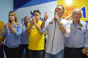 AGUINALDO COMITE3 300x199 -  Aguinaldo Ribeiro lança hoje em João Pessoa comitê Dilma-Cássio