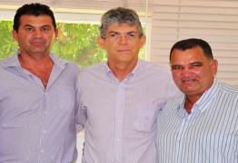 Prefeito e sete vereadores de Gado Bravo retiram apoio a Cássio e aderem a Ricardo
