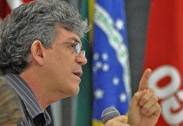 Coligação aciona Justiça contra veículo queresponsabilizar Ricardo por abertura de comitê com Aécio