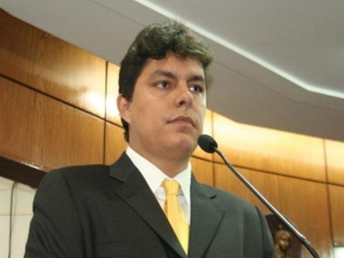 raoni - COM JOÃO AZEVEDO: Vereador Raoni Mendes deixa o PTB e vai para o Democratas