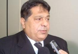 Ricardo Marcelo protocola licença e Mineral permanece na ALPB