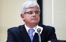 Janot se manifesta contra Dilma em pedido no STF para anular impeachment