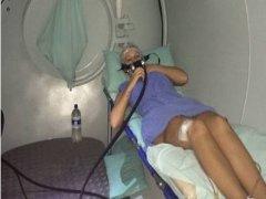 Após nova bactéria, Andressa Urach faz tratamento nas pernas; veja foto