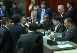 FIM DO IMPASSE: Votação na Assembleia será em cédula de papel com duas chapas apenas
