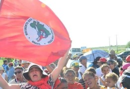 PROTESTOS: Integrantes do MST realizam protestos e interditam a BR 230 entre Sousa e Aparecida