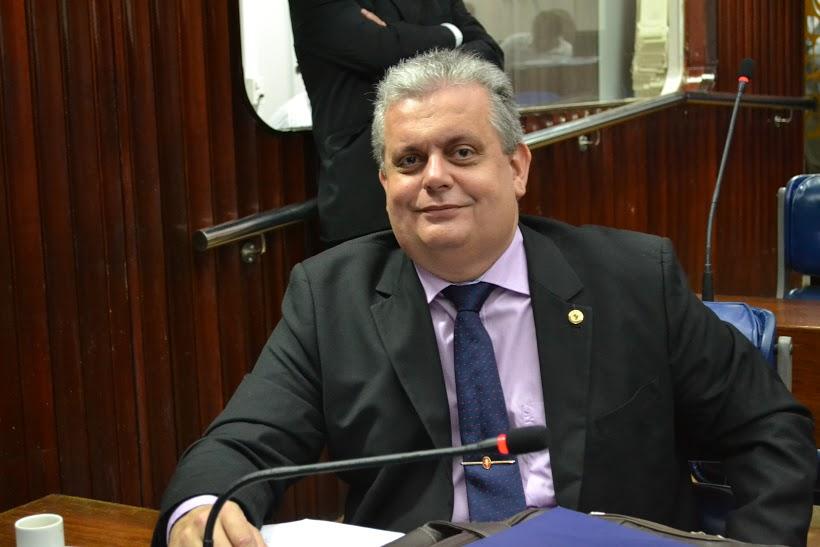 João Bosco Carneiro Júnior - João Bosco Carneiro consegue reforma de Escola Normal em Alagoa Grande