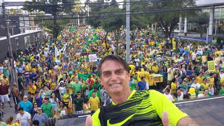 Bolsonaro - Bolsonaro é apresentado como pré-candidato à Presidência da República