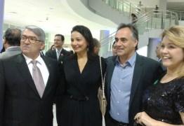 Cartaxo jogou bem em ir à inauguração do Teatro, ser vítima de traição pode ser um bom mote para uma campanha eleitoral – Por Josival Pereira