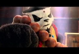 Ronda Rousey luta com um panda para promover game de luta