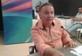 """QUEDA DE BRAÇO: """"vamos calçar mais ruas que Cartaxo"""", diz presidente do PSB sobre anúncio de 50 obras"""