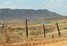 50 mil moradores em Cajazeiras enfrentam seca histórica do Açude Engenheiro Ávidos