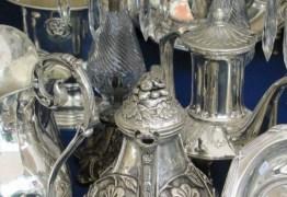 Governo cancela compra de prataria para cozinha dos palácios