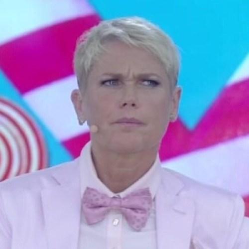 12out2015 xuxa diz que e censurada quando o assunto e politica 1444715571439 300x300 - Xuxa faz críticas ao governo e ao PT e pede: 'Não falem mal da Globo'