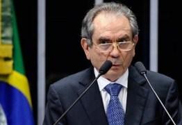 DEU NA VEJA: PMDB deve indicar Lira para presidir comissão do impeachment