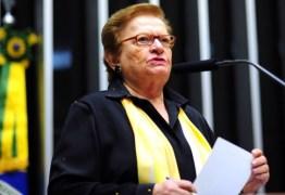 Erundina diz não ao impeachment e critica 'o deputado réu' Eduardo Cunha