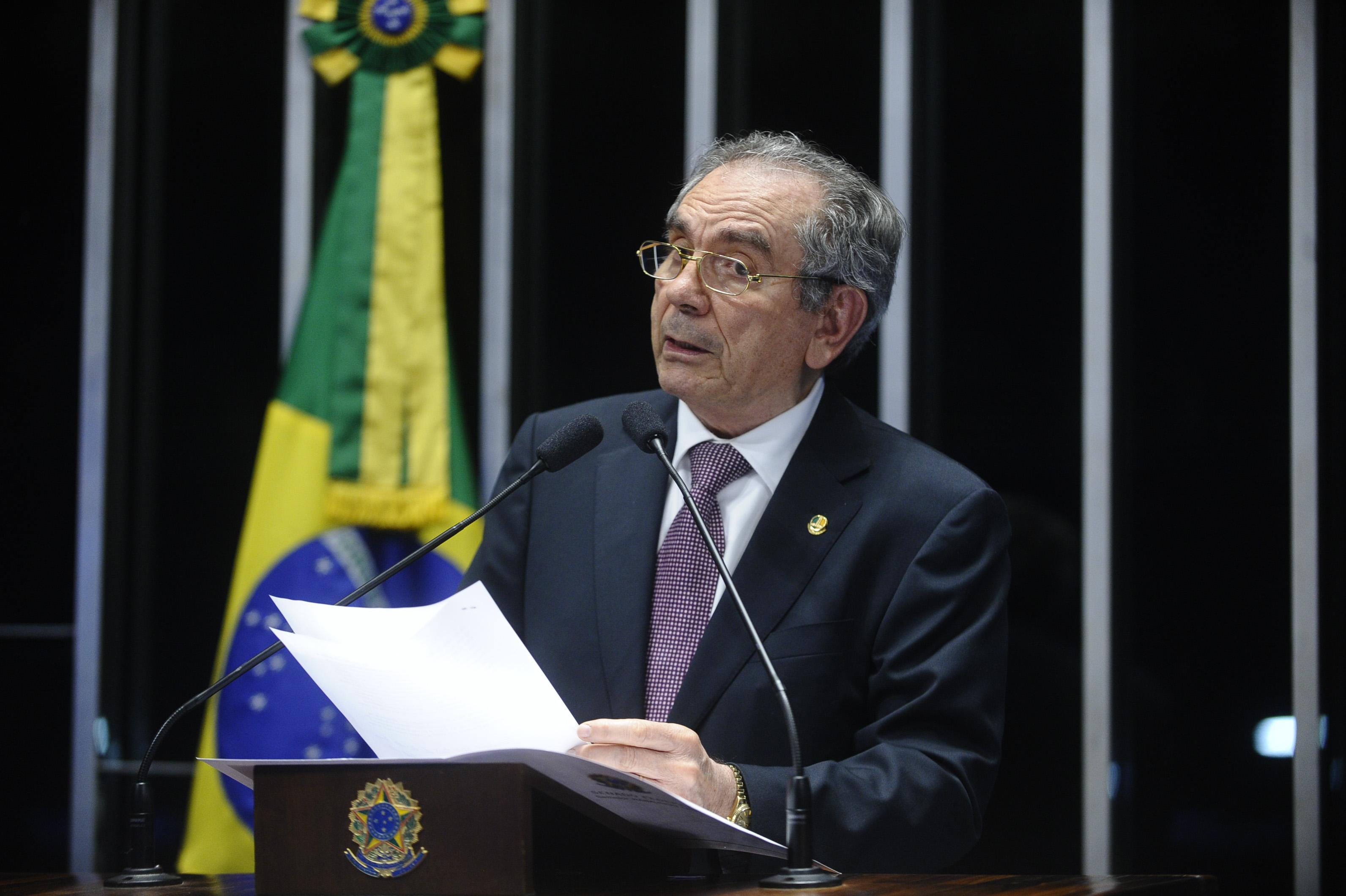 Lira Tribuna13 - Lira confirma transposição como obra emergencial no Brasil e garante recursos