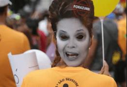 Participantes da São Silvestre dizem querer 'correr do PT' em 2016