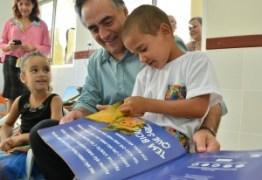 Prefeito entrega creche reformada no bairro de Mangabeira IV beneficiando 130 crianças