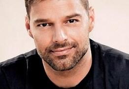 Ricky Martin diz que também sairia com mulher: 'curtir o sexo em liberdade'