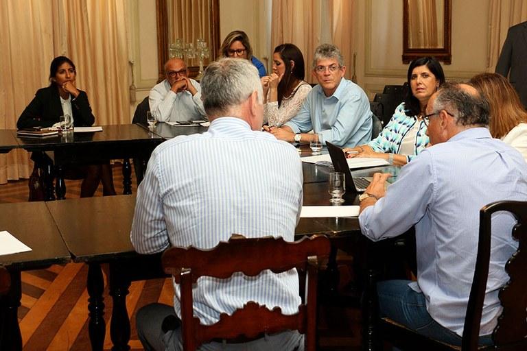429c403e ef73 4953 8b45 38efb3b14c0e - Ricardo participa de reunião para discutir pesquisas relacionadas à zika e microcefalia