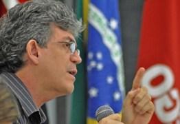 """Ricardo Coutinho afirma que aliança entre PSDB e PMDB """"enterraria"""" alguém"""