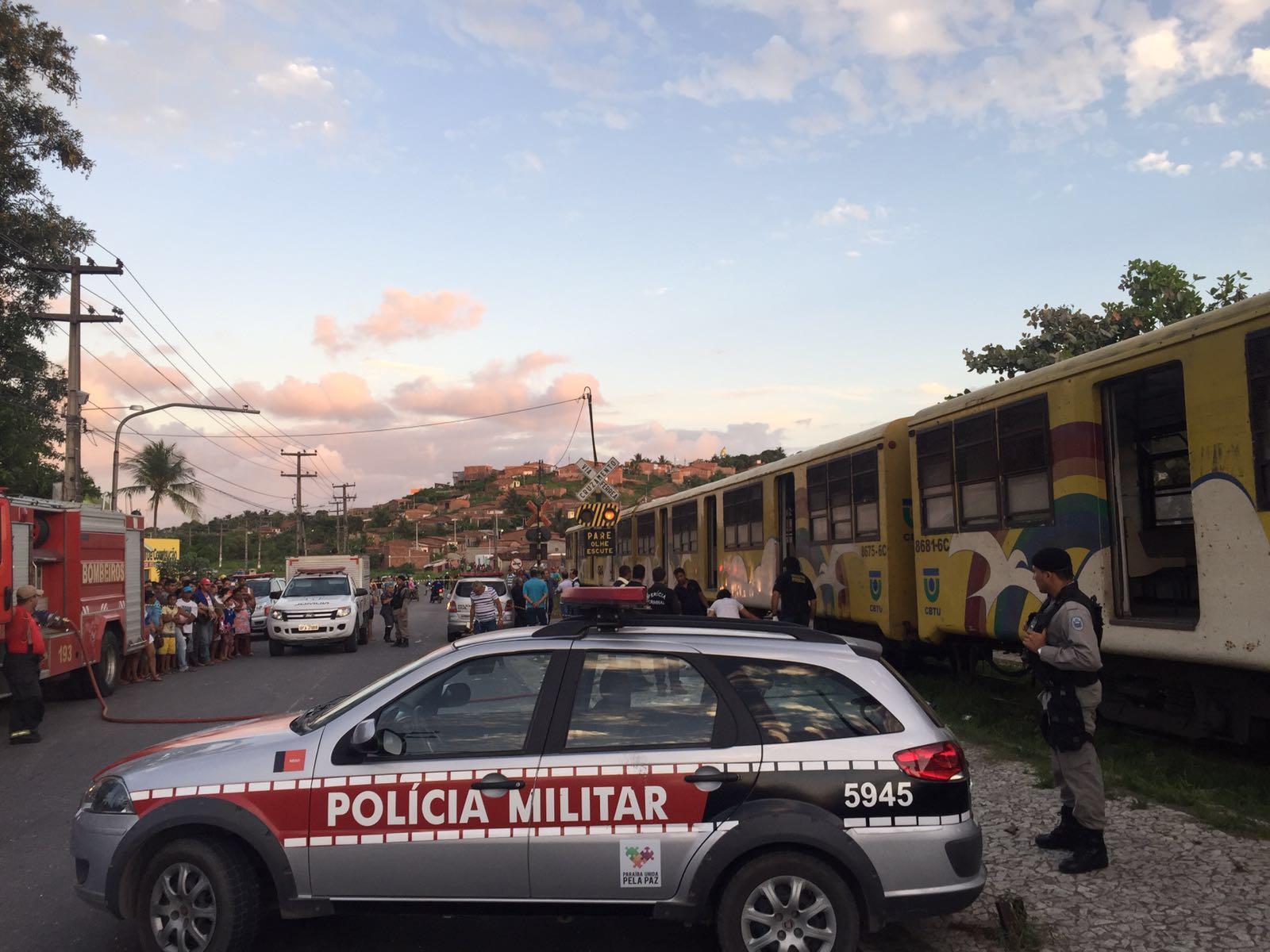 acidente trem bus - Empresa de ônibus e CBTU lamentam acidente e confirmam auxílio em investigação
